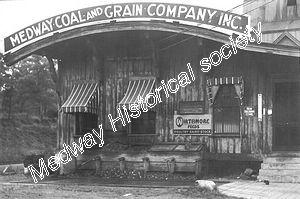 tn_Medway Coal & Grain 01.jpg - 15040 Bytes